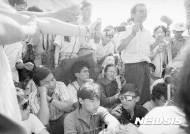 """[인터뷰] 우얼카이시 """"류샤오보 사망, 모든 민주국가들도 책임···류샤 구출해야"""""""