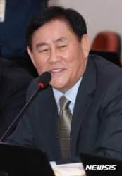 """최경환, 민주평통 정치적 중립성 맹공···""""적화통일 자문 받나"""""""