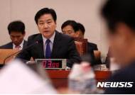 """[종합]與 홍종학 방어전 '총력'…""""도덕군자 뽑는 것 아냐"""""""