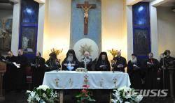 예루살렘을 위해 모인 요르단 기독교 사제들