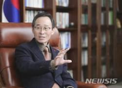 """송하진 전북지사 """"국가발전 틀 동서발전축으로 전환해야"""""""