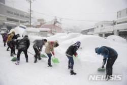 '설국으로 변한 울릉도'... 6일간 159㎝ 폭설 내려