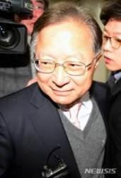 '대우조선 청탁' 송희영·박수환 항소…1심 징역형 불복