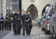 獨 경찰, 뮌스터 차량 돌진 용의자 집에서 AK-47 소총 발견
