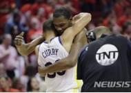 골든스테이트-클리블랜드, NBA 파이널 4년 연속 격돌 진기록