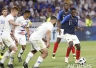 월드컵 우승 후보 프랑스 고전 끝에 미국과 1-1 무승부