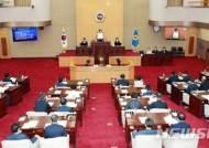 원구성에 눈치만…천덕꾸러기된 충북 자유한국당