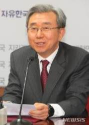 """한국당 이용구, 비대위원장 후보 거절...""""명단에서 제외해 달라"""""""