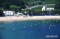 폭염으로 해수욕장 발길 '뚝'…경남 남해군 피서객 19% 감소