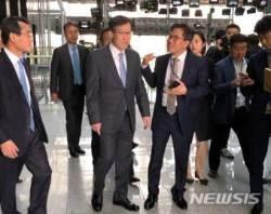 [CEO연봉]포스코, 권오준 전 회장에 상반기 보수 7억6600만