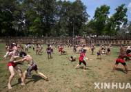 미국 거주중 중죄 범해 추방된 캄보디아인 500명 넘어