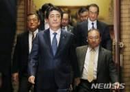 [종합]아베 '자민당 차기 총재 어울리는 인물' 1위…지지율도 상승