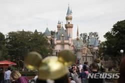 디즈니랜드, 내년부터 알코올 음료 판매…개장 이후 최초