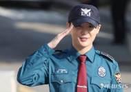 김준수 전역, 톱 한류스타 컴백···팬들은 1986만1215원 기부
