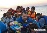 터키 연안서 난민선 침몰…4명 사망·6명 실종