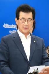"""이시종 지사 """"강호축 개발로 충북 100년 먹거리 창출"""""""