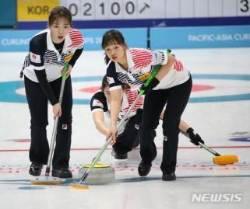 여자 컬링, 월드컵 결승 진출…일본과 격돌