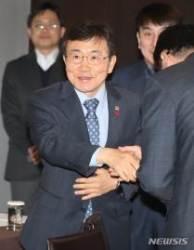 """복지부 차관 """"10%룰, 국민연금 '주주권 행사'와 충돌하지 않아"""""""