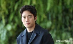"""[인터뷰]김동영 """"연기 잘하는 배우, 그게 칭찬인가···"""" 퉁명 매력"""