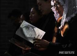 """""""김수환 추기경 사랑·감사를 지금 여기에서""""···선종 10주기 추모미사 현장(종합)"""