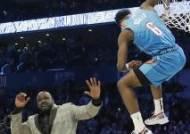 '샤크 넘고 림에 팔 건' 디알로, NBA 올스타전 덩크왕