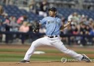 일본인 좌완 기쿠치, MLB 시범경기 데뷔전서 시속 153㎞ '펑'