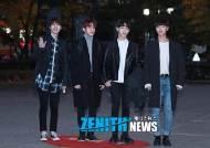 [Z포토] 더로즈, '우리가 바로 실력파 밴드!'(뮤직뱅크 출근길)