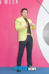 [HD스압포토] 카루소 ① 기안84, '뱃살은 넣어둬'(2019FW서울패션위크)
