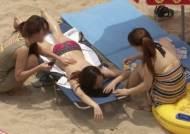 엉금엉금 휴가길…본격 피서철 맞아 해수욕장 '북적'