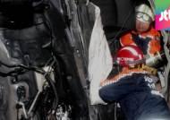음주운전 차량, 가로수 받고 가구점 돌진…5명 부상