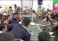 홍콩 도심 바리케이드 일부 철거…물리적 충돌 없어