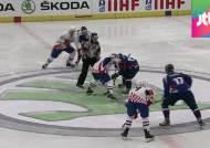 한국 아이스하키, 세계선수권 우승…평창 향해 첫발