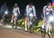 어둠만 내리면 '아찔'…자전거 삼키는 '위험한 다리'