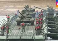 """""""전투 솜씨 뽐내요"""" 러시아서 첫 '전쟁 올림픽' 개최"""