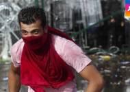 난민들, 헝가리 경찰과 충돌…최루가스·물대포 등장