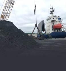 수입 금지 北석탄 66억어치 러시아서 배 바꿔 몰래 반입