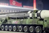 """""""北 신형 ICBM은 괴물"""" 美전문가들 깜짝 놀랐다"""